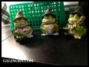 Halloween Froggies