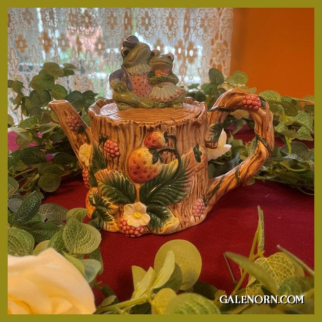 Froggy Teapot